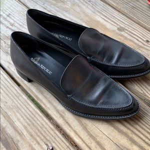 Banana Republic size 5 1/2 black dress shoes